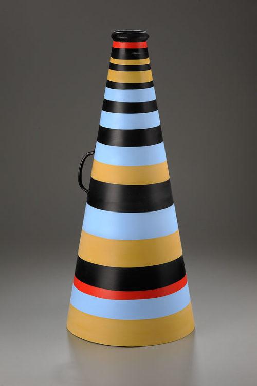 <i>Mime 4</i><br>Aluminum, ceramic, paint, cast<br>25 x 11 x 11 inches<br>2013