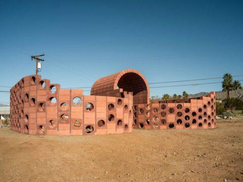 Julian Hoeber, Going Nowhere Pavilion #01 (Breeze Block, Ben-Day Dot, Coleseum, Möbius Strip, Thought Problem), 2019. Photo: Lance Gerber